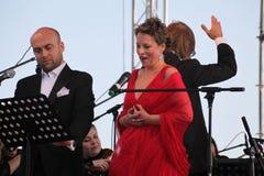 Van de de operaster van het operaduo Italiaanse caputo van Aldo, teneur, schillaci (La-scala, Italië) discant en van Daniela, op  Stock Afbeelding