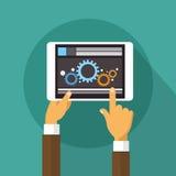Van de de Tabletcomputer van de handenholding Technologie van de de Ontwikkelaar de Mobiele Toepassing Royalty-vrije Stock Afbeeldingen
