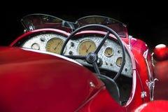 Van de de van achtergrond Alfa Romeo 6C 2300B donkere de Limousine donkere achtergrond van Cabrio Ondergeschikte bruine luxe retr Stock Afbeelding
