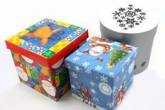 Van de giftdozen van Kerstmis het blauwe, rode en witte portret Royalty-vrije Stock Afbeeldingen