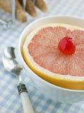 Van de helft van Roze Grapefruit stock afbeeldingen