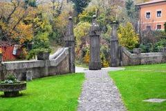 Van de het dorpsmening van Branikslovenië het kasteel Rihenberk Kras van het gebied van Gorica Karst Primorska Royalty-vrije Stock Fotografie