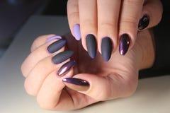 Van de het gelvernis van het manicureontwerp de kleur Chrome Stock Afbeelding