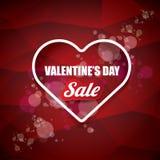 Van de het hartvorm van de valentijnskaartendag de verkoopetiket of sticker op abstracte rode achtergrond met onduidelijk beeldli Royalty-vrije Stock Foto's