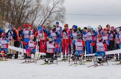 11 van de het Landgoed jaarlijkse ski van Februari 2017 kunst-Veretevo van het rasnikolov Perevoz 2017 de skimarathon van Russial Royalty-vrije Stock Foto's