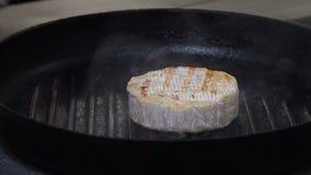 Van de het menu gastronomische maaltijd van het voedselrestaurant de kaasgrill stock footage