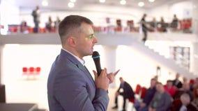 Van de het publieksconferentie van het bedrijfsmensenseminarie van de de vergaderings de opleidende bus zakenman die van de de sp stock footage