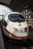 Van de het Spoorpost van Frankfurt de Centrale Trein van ijs Royalty-vrije Stock Fotografie