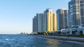 Van de het strandbaai van Miami van de de zomerzonsondergang de pijlerpanorama 4k Florida de V.S. stock video