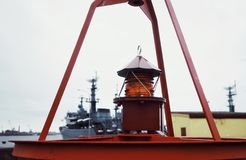 Van de het watervuurtoren van de Kronstadtdijk haven van de het schiphemel de rode in openlucht Royalty-vrije Stock Afbeeldingen
