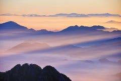 Van de Huangshan (de gele) Berg zonsopgang Stock Afbeeldingen