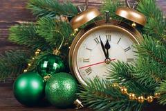 Van de Kerstmisklok en spar takken Royalty-vrije Stock Foto's