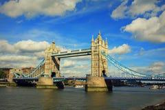 Van de meningslonden van de torenbrug de stad het Verenigd Koninkrijk Augustus 2016 stock fotografie