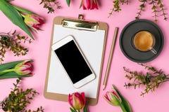 Van de de moedersdag van valentijnskaartenvrouwen concept 8 Maart-de Lente stock foto's
