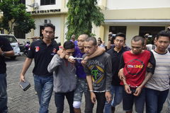 Van de motorfietsdiefstal en diefstal arrestaties in Semarang stock afbeelding