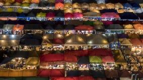 Van de de nachttrein van Bangkok de tijdspanne van de de markttijd stock videobeelden