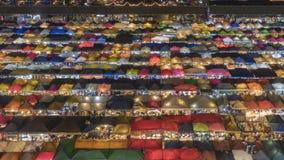 Van de de nachttrein van Bangkok de tijdspanne van de de markttijd stock video