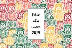 Van de nuevo 2019 kaart van Felizaã±o het Gelukkige Nieuwjaar in het Spaans met gekleurde sneeuwman als achtergrond vector illustratie