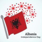 Van de de onafhankelijkheidsdag van Albanië de groetkaart Vlag op de achtergrond o Stock Foto