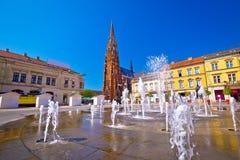 Van de Osijek belangrijkst vierkant fontein en kathedraal standpunt stock fotografie
