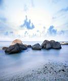 Van de overzeese de rots van het de lijneffect golvenzweep Stock Fotografie
