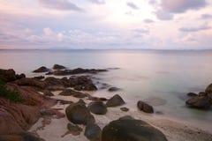 Van de overzeese de rots van het de lijneffect golvenzweep Stock Foto