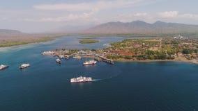 Van de overzeese de haven Gilimanuk passagiersveerboot Bali Indonesi?