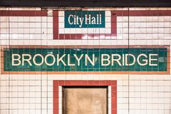 Van de de Stadsmetro van New York de Poststad Hall Brooklyn Bridge stock afbeelding