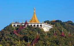 Van de tempelmandalay van de Sandamunipagode de stad Myanmar Royalty-vrije Stock Afbeeldingen