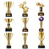 Van de de winnaarsprijs van de toekenningstrofee vector gouden trophycup voor met een prijs bekroonde kampioen met beloning voor  royalty-vrije illustratie