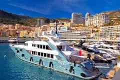 Van de de zeilenhaven en waterkant van Monte Carlo mening stock afbeelding