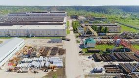 Van Drives Past Metal Products en territorio de la fábrica almacen de metraje de vídeo