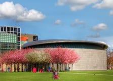 Van Gogh museum i Amsterdam Fotografering för Bildbyråer