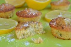 Van het citroensuiker en basilicum cakes Stock Fotografie