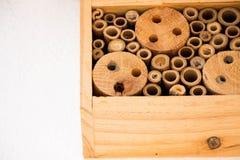 Van het de bijennest van het bijenhuis ecologisch het bamboe houten logboek stock afbeeldingen