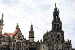 Van het de Kerk Donkere Weer van Dresden Katholieke de Brugmening Buitenar Stock Foto's