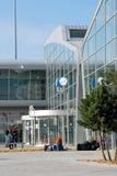 Van het de Luchthavenaankomst en vertrek van ingangseindhoven zaal - Nederland Stock Afbeelding