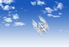 Van het de muntsymbool van de wolkendollar de vormvlieg over hemel Stock Foto's