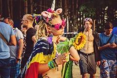 Van het de Rotsfestival van Woodstockpolen de vierende bezoeker royalty-vrije stock afbeelding