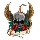 Van het de tatoegeringsontwerp van het schedelsymbool de kroon, de lauwerkrans, de vleugels, de rozen en de banner vector illustratie
