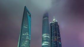 Van het de wolkenkrabbersdak van nachtshanghai tijdspanne van de binnenstad van de het panorama4k tijd de hoogste China stock video