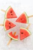 Van het de zomerfruit van de watermeloenijslolly yummy verse zoete dessert royalty-vrije stock afbeeldingen
