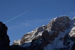 Van het de Zuid- meningsmeer van het bergendolomiet braies Tirol Italië Royalty-vrije Stock Afbeeldingen