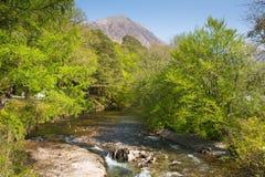 Van het Dorpslochaber van riviercoe Glencoe de Schotse Hooglanden Schotland het UK Royalty-vrije Stock Foto