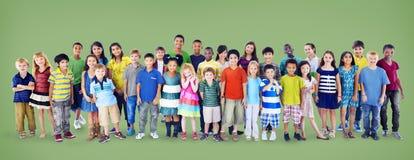 Van het Geluk Vrolijk Kinderjaren van kinderenjonge geitjes de Jeugdconcept Stock Afbeelding