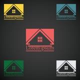 Van het het embleemontwerp van Real Estate de vectorreeks van de het malplaatjekleur pictogram van het dak het abstracte concept  Stock Fotografie