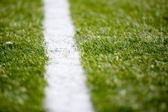 Van het het gebiedsgras van de voetbalvoetbal de lijn witte textuur als achtergrond Royalty-vrije Stock Afbeelding