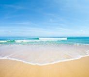 Van het overzeese de natuurlijke achtergrond strandlandschap Stock Fotografie