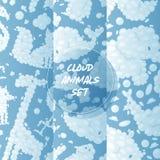 Van het het patroon vectorbeeldverhaal van wolkendieren naadloze bewolkte pluizige animalistische de karaktersachtergrond en blau royalty-vrije illustratie