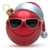 Van het smileygezicht van de Kerstmisbal Gelukkige het Nieuwjaarsnuisterij emoticon royalty-vrije illustratie